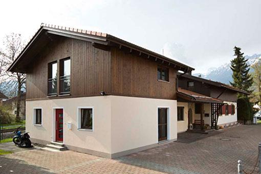 Anbau Und Dachausbau Mit Schöner Dachterrasse Einer Alles Sauber