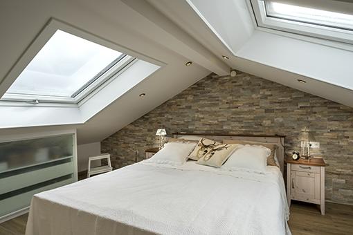 dachausbau einer alles sauber wohntr ume in besten. Black Bedroom Furniture Sets. Home Design Ideas
